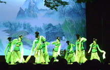 sm-tang-dancers