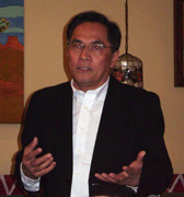 CNN's Jaime FlorCruz, one of the most senior journalists working in China