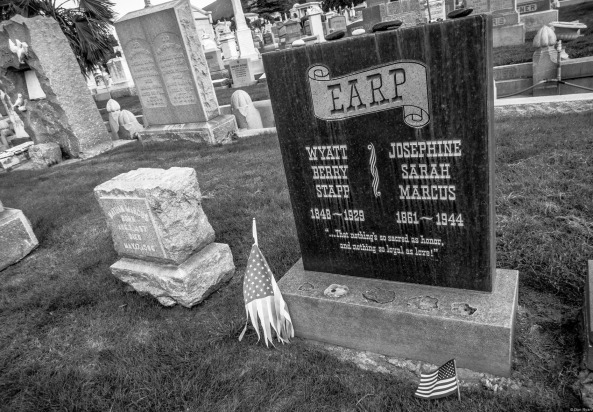 Earp grave