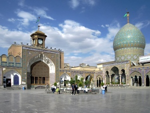 From the warmth of its people to the oppression of its government, Iran is a nation of polarities. Pictured: the Holy Shrine of Abdulazim. (Photo: David Stanley / Flickr Commons)