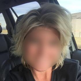 car-selfie online dating