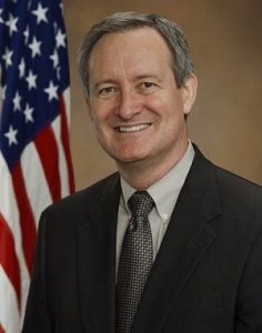 Michael Crapo (image credit: official photo)