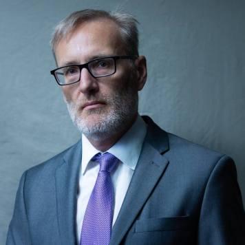 Dr. Michael Pecaut