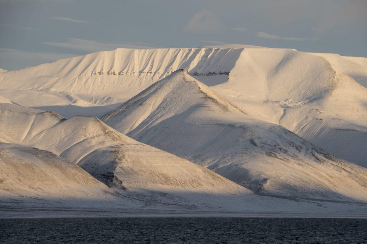 Svalbard, words, Recherchebreen, scale, perimeter, Recherchefjorden, Oslo, Norway, snow, winter,Svalbard, Spitsbergen, Longyearbyen, The Arctic Circle, Arctic, Arctic Ocean, Esmarkbreen, Ymerbukta, ice, glacier, tall ship, Antigua