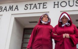 handmaids-alabama